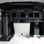07/10/2010 - Boeinggrijs, Lower subpanels, Alu-vloeren en MIP-tags