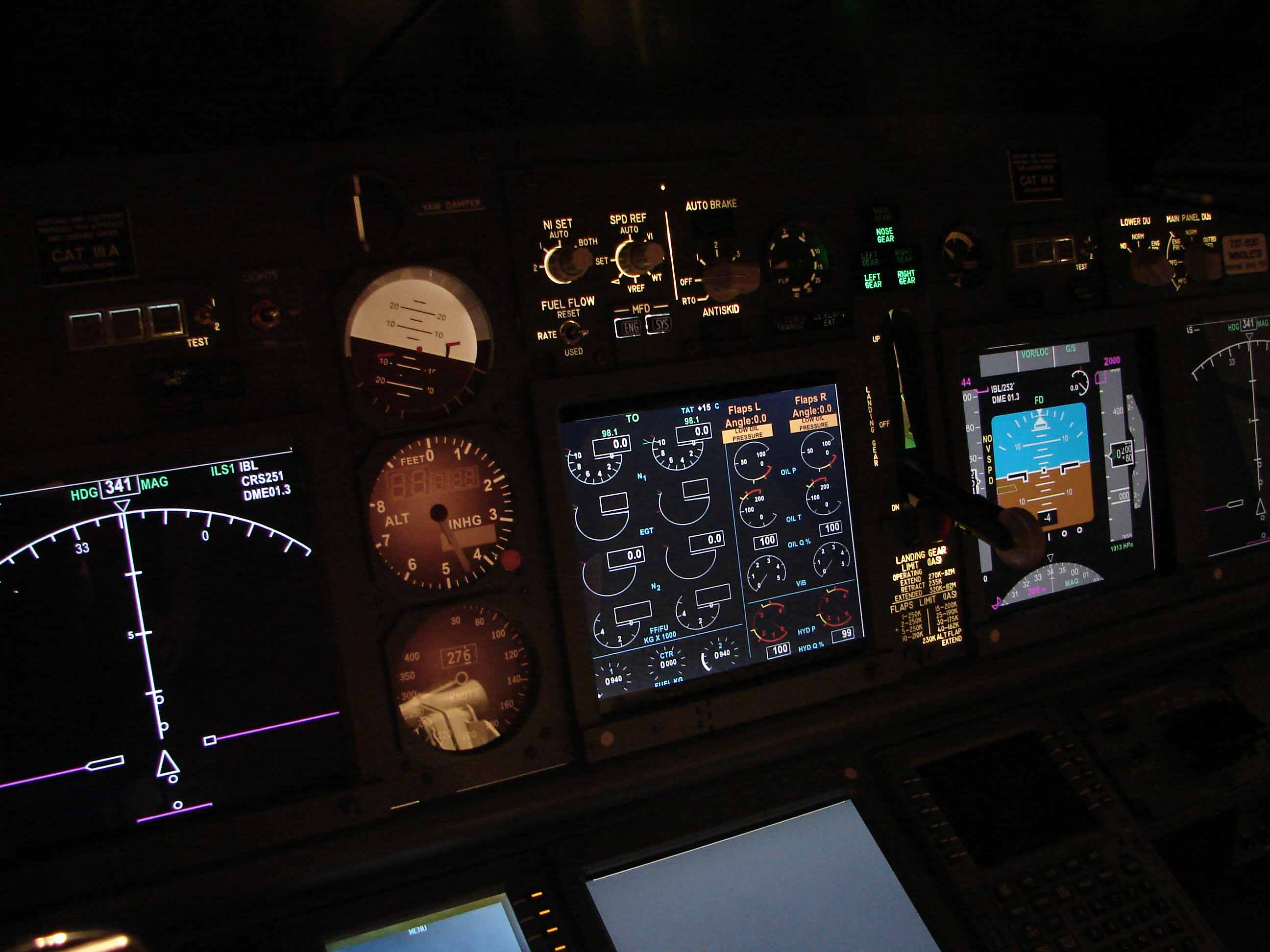 how to close the 737 upper window fsx